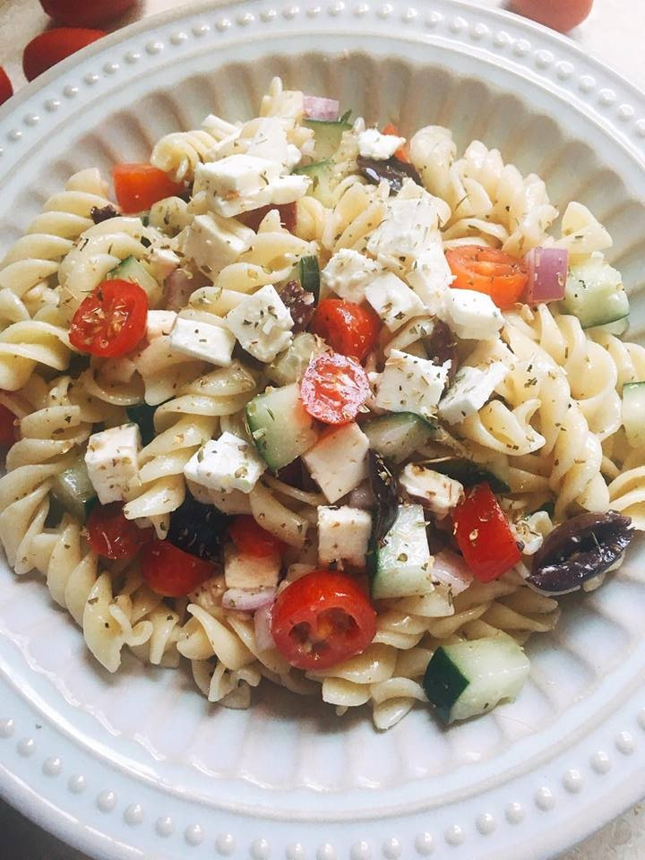 30 best ever easy summer picnic foods recipes analida 39 s for Best summer pasta salad recipes ever