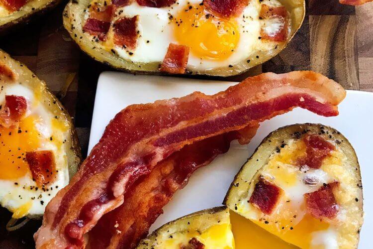 Bacon and Eggs Potato Skins