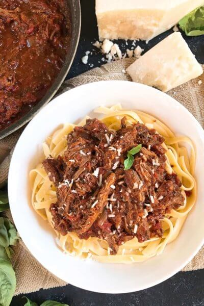 Slow Cooker Italian Shredded Beef Ragu Sauce