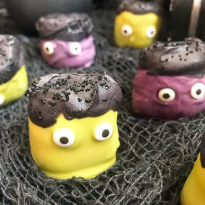Halloween Candy Dipped Monster Marshmallows