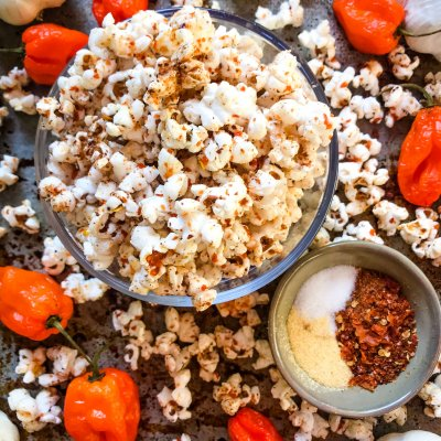 Homemade Habanero Garlic Spicy Popcorn